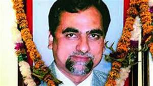 Let a citizens' tribunal ask 10 questions in judge Loya's case
