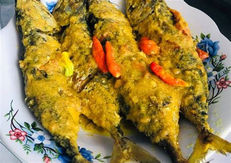 Apalagi kalau dimasak dengan resep bumbu kuning (kunyit). Resep Masakan Ikan Kembung Goreng Bumbu Kuning Yang Lezat