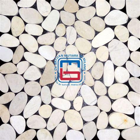 sliced flat pebble tile bmgstones