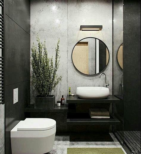 pared porcelanato blanco detras del lavabo  en las