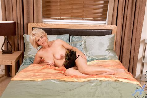 Anilos Dana Boasts A Pair Of Huge Tits And Fingers Her
