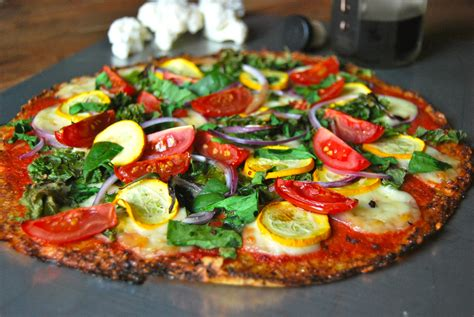 pizza aux l 233 gumes p 226 te au chou fleur cauliflower crust pizza my cooking instinct