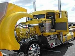 Kenworth  1980    Daycab Semi Trucks