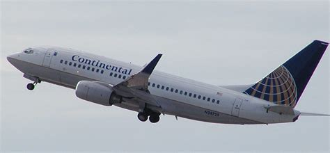 continental boeing 737 700