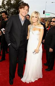 Carrie Underwood Engagement Ring - Carrie Underwood ...