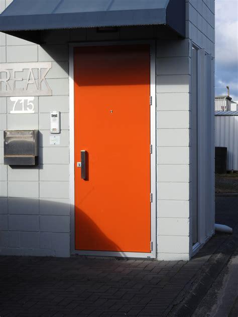 view  range  frontentry doors