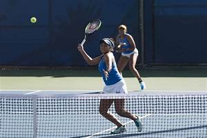 Women's tennis shuts out LMU, continues to test new ...