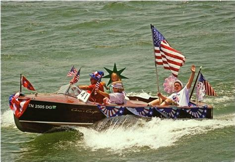 Boating Accident Sarasota by Happy Boating On The 4th Of July Usedboatyard