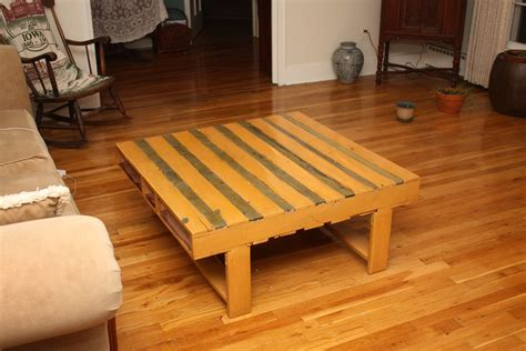 pallet wood table   finished pallet wood table