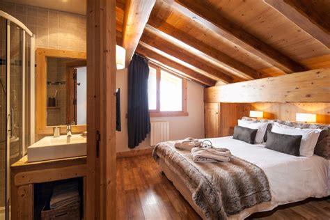 chambre chalet luxe chalet pour 16 personnes à méribel chalet 8 chambres à