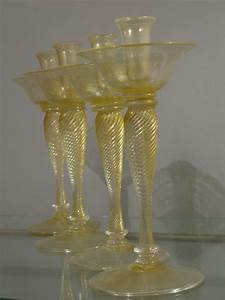 Wonderful Set Of Four 1940s Hand Blown Gold Leaf Murano