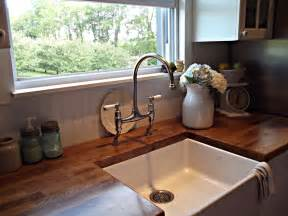 farmhouse faucet kitchen nostalgic kitchen faucets farmhouse style to give your kitchen retro touch mykitcheninterior