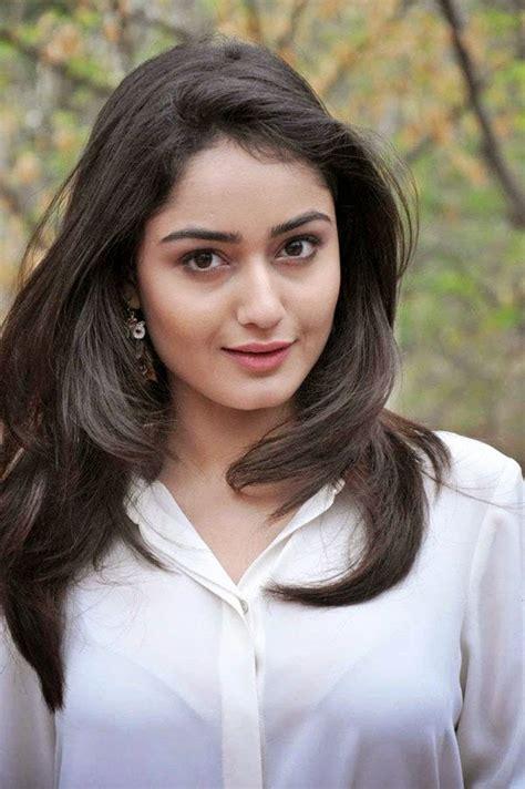 dahleez actress tridha choudhury  play bollywood