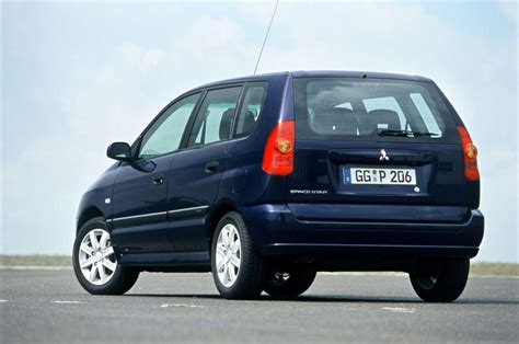 mitsubishi space mitsubishi space hatchback review 1999 2005 parkers