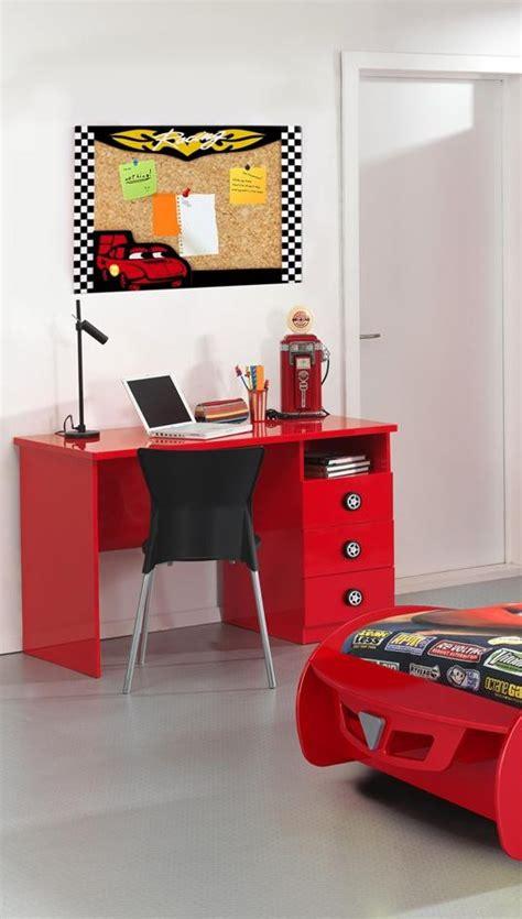 bureau petit garcon bureau enfant 3 tiroirs coloris bolid bureau
