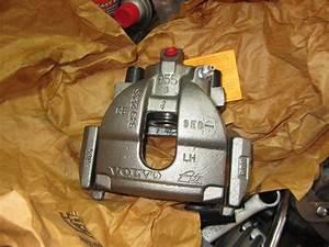 Fuel Rail Pressure Sensor  Fuel Pressure Regulator