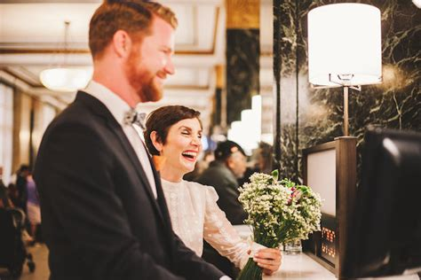 How To Have A City Hall Wedding