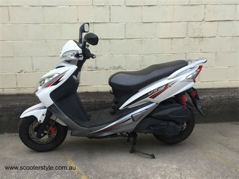 Scooter Style / Noosa Motorcycles