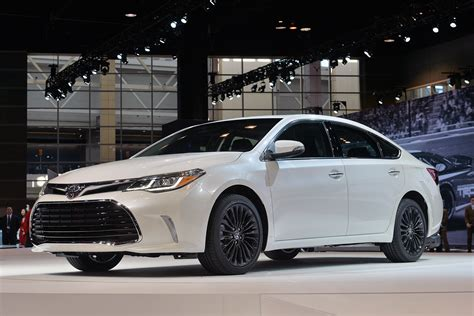 2018 Toyota Avalon Chicago 2018 Photo Gallery Autoblog