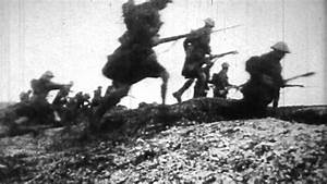 FREE FOOTAGE - WW1 Soldiers Running Over Trenches HD - YouTube
