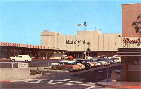 Malls of America - Vintage photos of lost Shopping Malls ...