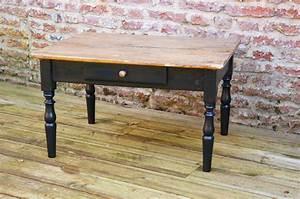 Table Basse Ancienne : ancienne table basse bois et noire boutique we art ~ Dallasstarsshop.com Idées de Décoration