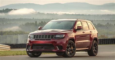 jeep grand cherokee srt trackhawk  drive review