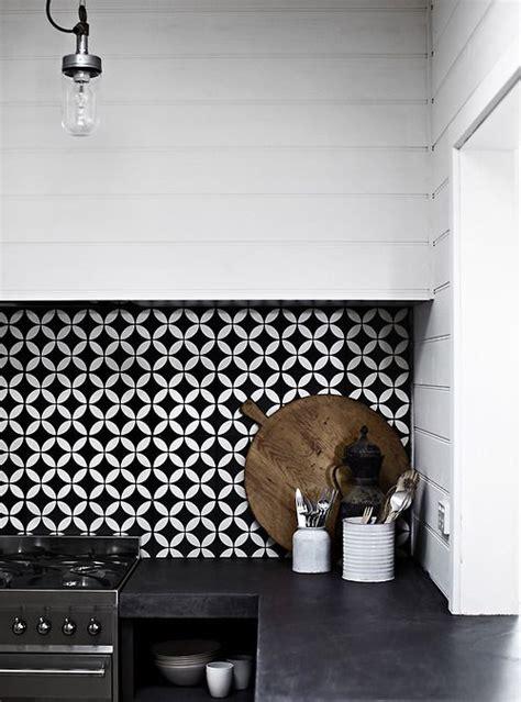 hotte cuisine moderne tiled splashbacks are back get your feature tile fix at