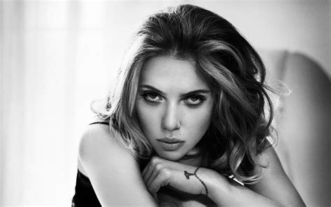 scarlett johansson black and white hd wallpapers for
