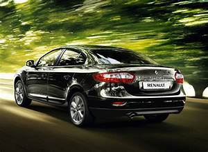 Fluence Renault : renault fluence small sedan gets first facelift photos 1 of 7 ~ Gottalentnigeria.com Avis de Voitures