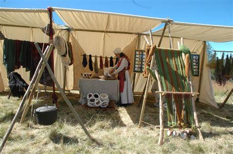 ustensiles de cuisine anciens animation d 39 un échoppes d 39 artisans médiévaux et vieux métiers anciens du moyen age médiéval