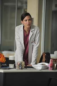 Odette Yustman Annable as Dr. Jessica Adams - House M.D ...