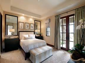 bedroom decor ideas small guest bedroom ideas marceladick com
