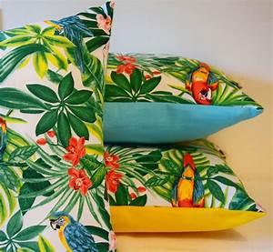Coussin Exterieur Maison Du Monde : housse de coussin tropical 40 x 40 cm toucan perroquet jungle exotique pillows and house ~ Melissatoandfro.com Idées de Décoration