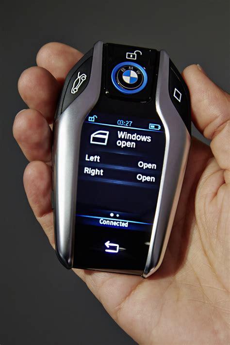 bmw key fob  display