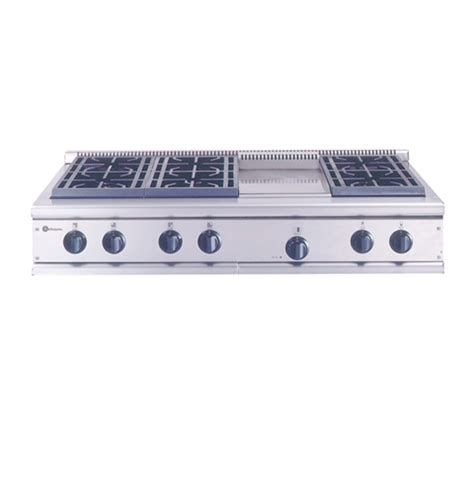 zgundwss ge monogram  professional gas cooktop   burners  griddle