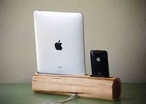 Dockingstation Ipad Und Iphone : wooden iphone and ipad docking station ~ Markanthonyermac.com Haus und Dekorationen