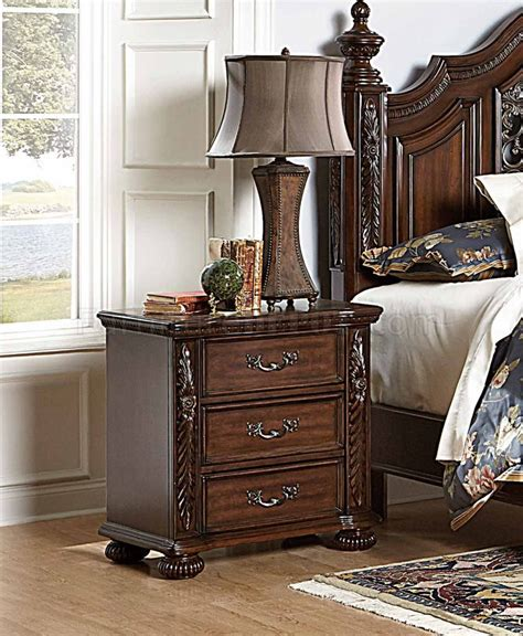 1814 chairs for bedrooms augustine court 1814 bedroom cherry by homelegance w options