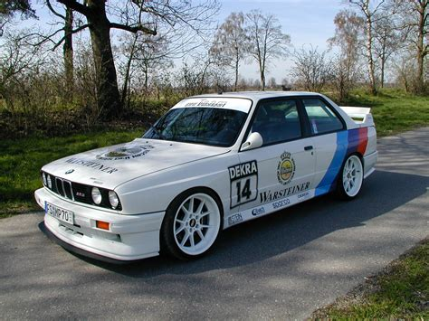 bmw m3 e30 photos photogallery with 31 pics carsbase com
