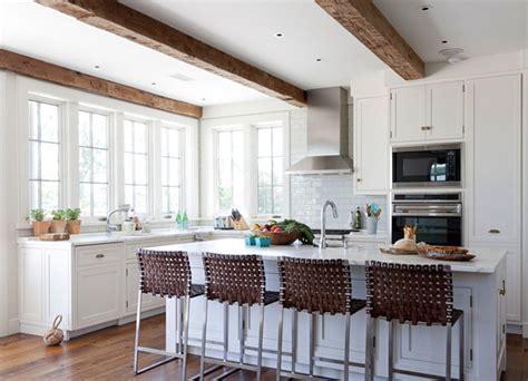 classic shingle beach cottage  neutral interiors home bunch interior design ideas