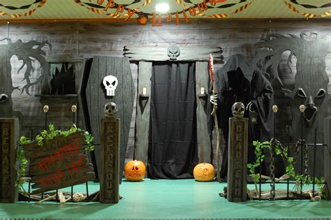 Haunted House Ideas  Make Your Own Haunted House. Color Game Ideas For Preschoolers. Small Bathroom Ideas Australia. Organizing Ideas Into An Outline. Outfit Ideas After Having A Baby. Kitchen Open Shelves Ideas. Tattoo Ideas Girl. Gift Ideas For Quilt Lovers. Ideas Decorar Tartas Infantiles