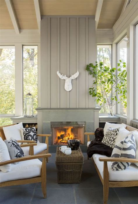 25 Farmhouse Sunrooms You Will Never Want to Leave - DigsDigs