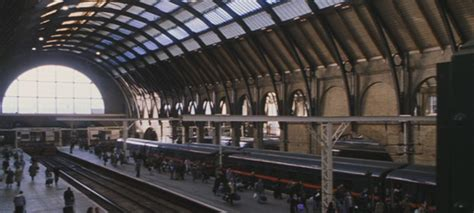 harry potter et la chambre des secrets gare de king 39 s cross wiki harry potter wikia