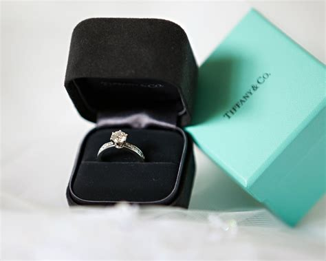 tiffany a new setting of engagement rings le blog luxe
