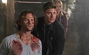 Supernatural: Jensen Ackles, Jared Padalecki on Mary's ...