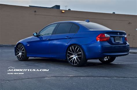 Bmw 328i Rims by Bmw 328i Gets 20 Inch Rims From Giovanna Stands