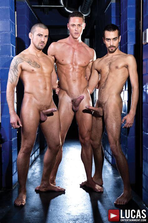 Gay Bareback Sex Threesome Fostter Riviera Ivan Gregory