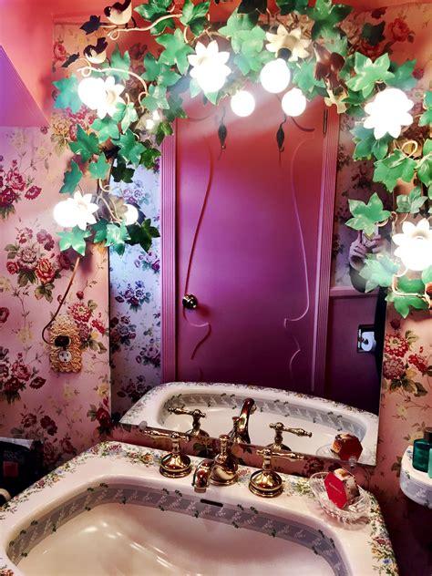 love nest bathroom  madonna inn san luis obispo