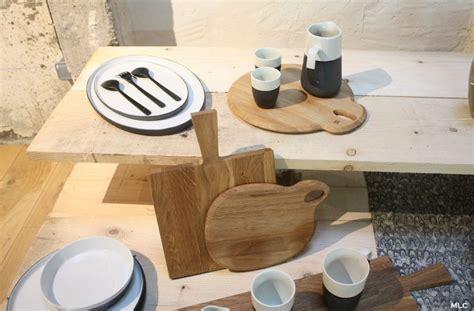 planche à découper cuisine accumulation de planche à découper en cuisine