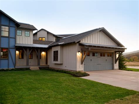 Hgtv Dream Home 2012 Garage Exterior  Pictures And Video